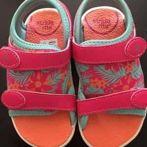 Like New Stride Rite Toddler Sandals Size 7